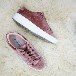 Steve Madden Bertie velvet blush sneakers